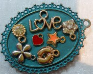 Love & Charms Needleminder